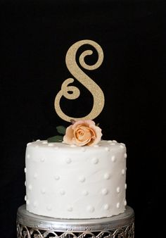 Custom Initial Calligraphy Wedding Cake Topper - Put the finishing touches on your wedding cake with our custom wedding cake topper. If you have any questions or would like to request something different, dont hesitate to message us. We will work with you to make your wedding dreams come