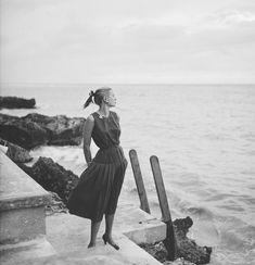 Grace Kelly, Jamaica, 1955. Howell Conant