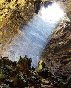 La luce nella Caverna della Grave...speranza
