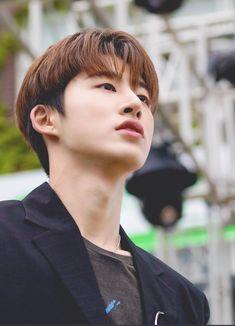 Kim Hanbin Ikon, Ikon Debut, Korean Artist, Yg Entertainment, Korean Beauty, Handsome Boys, South Korean Boy Band, K Idols, Future Husband