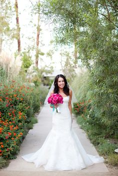 Tendance Robe du mariage Fit for a beautiful bride: www. Wedding Gowns, Our Wedding, Dream Wedding, Wedding Flowers, Wedding Stuff, Vera Wang, Wedding Images, Wedding Styles, Palm Springs