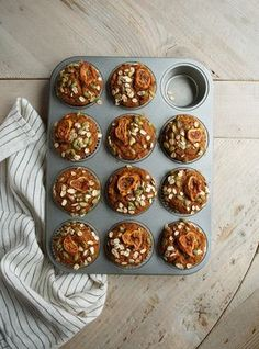 Ricardo Cuisine helps you find that perfect recipe for muffins and dessert breads. Sweet Potato Muffins, Sweet Potato Breakfast, Breakfast Potatoes, Mashed Sweet Potatoes, Breakfast Muffins, Breakfast Recipes, Breakfast Casserole, Breakfast Ideas, Snack Recipes