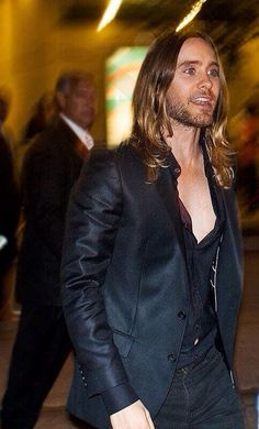 Twitter / iblamejared: His tummy peeking through the ...