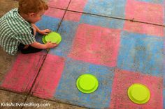 Get outside with the kids this #Spring and play with this #Crayola #Outdoor #Chalk #Game board!