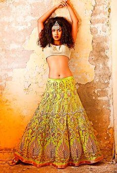 Latest Indian Bridal & Trousseau Wear Photos - Wedmegood