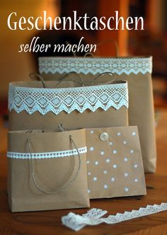 Geschenktasche selbstgemacht - HANDMADE Kultur tutoriel sur des sacs-cadeaux en papier et dentelle véritable +++ Geschenktaschen selber machen aus Packpapier und echter Spitze. Present Wrapping, Wrapping Ideas, Paper Gifts, Diy Paper, Paper Gift Bags, Wedding Cake Bags, Wedding Favors, Party Favors, Homemade Gifts