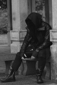 Welding the Punk into Cyberpunk Moda Cyberpunk, Cyberpunk Fashion, Character Inspiration, Character Design, Writing Inspiration, Mode Sombre, Steampunk, Post Apocalyptic Fashion, Future Fashion