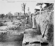 Here's Sunday's story and photo gallery on the landmark 1930 Colonial Williamsburg dig that unearthed the Governor's Palace: http://bit.ly/1KW4leM -- Mark St. John Erickson