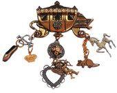 VINTAGEMANIA Cinderella Gift ,Vintage Brooch, Rhinestone Carriage Charm Brooch
