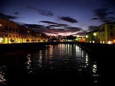 Senigallia by night by Darius Wellborn, via Flickr #InvasioniDigitali il 21aprile alle ore 17:00 Invasore: Eleonora Tramonti