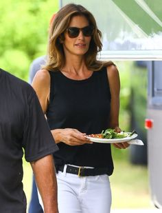 Cindy Crawford Photos: Cindy Crawford Films a Commercial in Miami