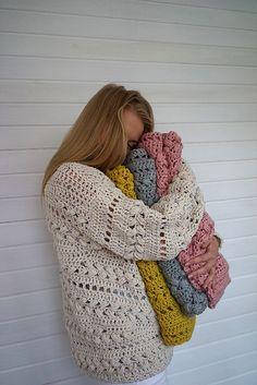 Ravelry: Sensum Sweater pattern by Linda Skuya