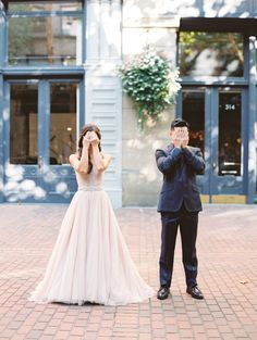 Adorable first look moment: http://www.stylemepretty.com/2015/11/27/fall-seattle-wedding-romantic-newlywed-session-at-cascade-mountains/ | Photography: Christine A Clark - http://www.christineclarkphoto.com/