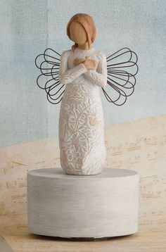 """Remembrance Musical - Willow Tree Figurine - The Shabby Shed  Sentiment: Memories... hold each one safely in your heart Turns and plays """"Till the end of time"""""""