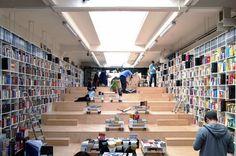 As 15 Livrarias Mais Maravilhosas do Mundo - Chiado Magazine | Jornalismo Cultural   Plural Bookshop, Bratislava, Eslováquia