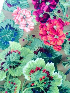 Philip Jacobs Geranium fabric, rare, OOP, green red floral, very hard to. ◅. ▻