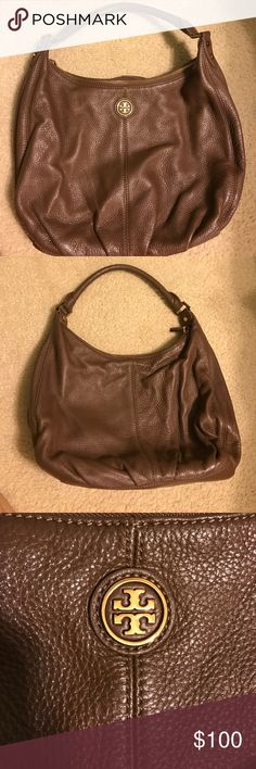 Tory Butch Hobo Bag Very well taken care of Hobo shoulder leather bag! Tory Burch Bags Hobos