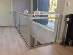 Interior Railings Vancouver - Aluminum Guardrail & Handrails (Commercial / Residential) - Metro Vancouver Railings Glass Stair Balustrade, Glass Railing, Interior Stair Railing, Glass Stairs, Modern Glass, Staircases, Vancouver, Entryway Tables, Condo
