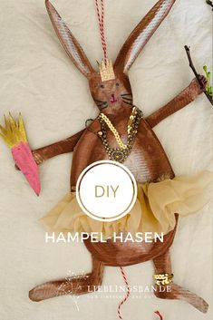 Hübsche Hampel - Osterhasen, gefertigt aus einem Schuhkarton. Für kleine und grosse Kinder und Erwachsene Zero Waste, Diy For Kids, Spring, Shoe Box, Kids Diy, Easter Bunny, Homemade, Repurpose, Crafting