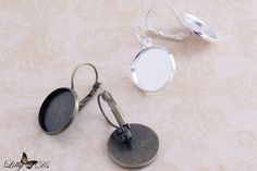 Wear your favorite photos, images, or patterns with these lovely 16mm French…