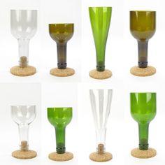 Oltre a buttarle nei contenitori per il vetro, è possibile riciclare le bottiglie di vetro in modo davvero originale... guardate!!
