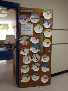 Create a pirate face activity - use them to decorate a wall Pirate Preschool, Pirate Activities, Pirate Crafts, Pirate Door, Teach Like A Pirate, Pirate Face, Pirate Birthday, Ocean Themes, Partys