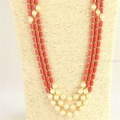 Long Coral Colour Beads And Pearl Necklace indian jewellery ethnic south jewellery Real Gold Jewelry, Coral Jewelry, Crystal Jewelry, Women Jewelry, Fashion Jewelry, Indian Jewellery Design, Indian Jewelry, Jewelry Design, Beaded Necklace