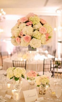 Soft   sweet  use of hydrangeas again.  Could do the yellow and the green colored ones together maybe?