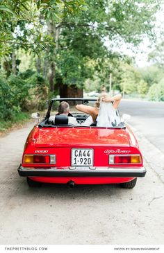 Arrival veihicle! A Red Alfa Romeo | Photography: Dehan Engelbrecht