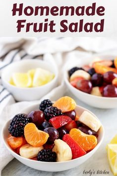 4 Points About Vintage And Standard Elizabethan Cooking Recipes! A Delightful And Sweet Homemade Fruit Salad Recipe Featuring All Of Your Favorite Fruits, Like Strawberries And Blueberries Tossed In A Simple Lemon Syrup. Homemade Fruit Salad, Jello Fruit Salads, Watermelon Salad, Fruit Salad Recipes, Snack Recipes, Dessert Recipes, Fruit Salad Syrup, Ham Salad, Fruit Fruit