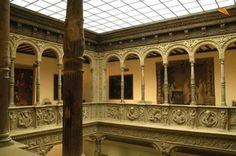 Patio de la Infanta, vista del corredor superior, Zaragoza España
