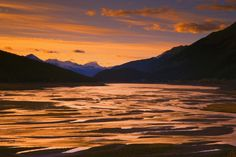 Search Beautiful Mountain Sunset Posters, Art Prints, and Canvas Wall Art. Barewalls provides art prints of over 33 Million images. Nature Posters, Mountain Sunset, Digital Technology, Canvas Wall Art, Sunrise, Mountains, Art Prints, Outdoor, Catalog