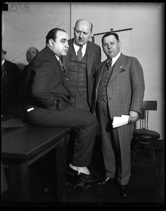 Al Capone, Asst. State Attorney Frank Mast and Bailiff Joe Weinberg in a Chicago Federal Building courtroom, April — Chicago Tribune historical photo, May 2013 Real Gangster, Mafia Gangster, Al Capone, Ginger Rogers, Brian Keith, Gangsters, Chicago Outfit, Robinson, Life Of Crime