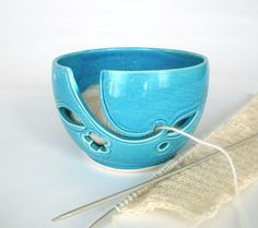 Inspiration: Turquoise Traveling Yarn Bowl by BlueRoomPottery