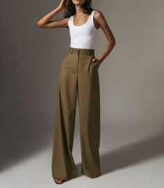 57 Trending Work & Office Outfit Ideas For Women 2019 - The Finest Feed - Les te . - 57 Trending Work & Office Outfit Ideas For Women 2019 – The Finest Feed – The Delaware trends f - Mode Outfits, Office Outfits, Fashion Outfits, Mode Ootd, Look Blazer, Look Retro, Moda Chic, Mode Streetwear, Business Outfit