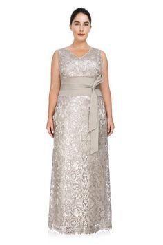 121bcc2de0 Hesperia Gown - PLUS SIZE. Vestido LindoRopa De FiestaTallas GrandesModelos Vestidos ElegantesMadrinasModaVestidos ...