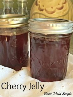Spread home-canned Cherry Jelly on your morning toast or add it to your Sunday Roast for a sweet dinner. The flavor is worth the time spent pitting and juicing the cherries. Of course, you can take a shortcut and start with store bought Cherry Juice. Jelly Recipe From Juice, Cherry Jelly Recipes, Sweet Cherry Jelly Recipe, Homemade Jelly, Easy Homemade Recipes, Sweet Recipes, Homemade Candies, Canned Cherries, Sweet Cherries