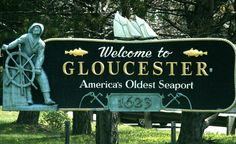 Glosta is the end of the line. We run out of highway when you get to the ocean. When I see this sign coming into town, I know I'm home. #scenesofnewengland #SoNE #soMAwelcomes #soMA #Massachusetts #MA #signs #Statehouse #Townhalls #statefacts