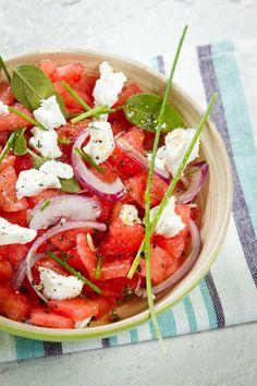 Salada de melancia com queijo de cabra