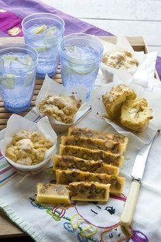 These Creamy feijoa custard shortcakes by Allyson Gofton are delicious - nearly the end of the Feijoa season so get in quick! Fejoa Recipes, Guava Recipes, Fruit Recipes, Sweet Recipes, Baking Recipes, Dessert Recipes, Baking Ideas, Recipies, Yummy Treats