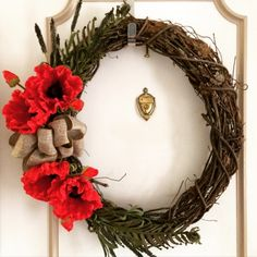 I went to Hobby Lobby the other day and bought a bunch of supplies to make a wreath. Actually, I bought a TON of supplies! (Flowers we. Felt Wreath, Diy Wreath, Wreath Making, Wreath Ideas, Door Wreaths, Crochet Poppy Pattern, Remembrance Day Activities, Canada Day Crafts, Poppy Wreath