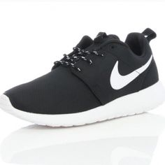 2223d4fef733 ISO NOT SELLING JUST LOOKING UNDER 35size 7 7.5 8 Nike Roshe White and  Black Nike
