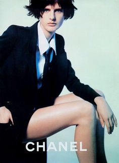 Stella Tennant by Karl Lagerfeld for Chanel spring 1997 ad campaign