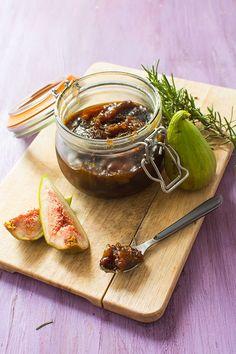 Recette de Confit de figues au romarin (pour fromages, foie gras...)