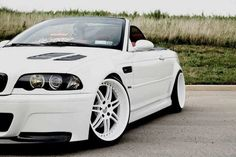 Sweet Old Topless 3 series with nothing more then power and a piece of Art.