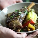 Slow Cooked Lamb Shanks with Onions and Peppers - Slow Cooking Slow Cooked Lamb Shanks, Onions, Make It Simple, Slow Cooker, Pork, Yummy Food, Beef, Stuffed Peppers, Meals