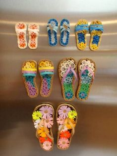 Fun-Flipflops - Quilled Creations Quilling Gallery - (I guess that these flipflops count as shoes!)