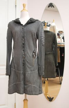 Elisa Cavaletti jacket with pleating, chain detail, tie belt & embellished buttons, size M. #ElisaCavaletti #jacket