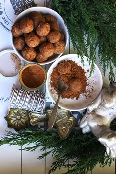https://recepty.rohlik.cz/1057-jahelne-kakaove-kulicky