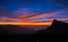 File:The Stary Sunrise View from Kolukkumalai, Munnar.jpg ...